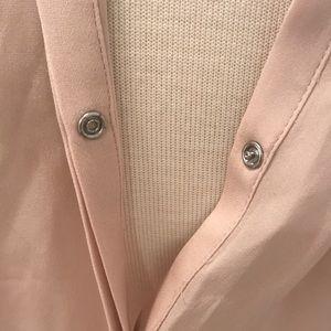 Vince Tops - VINCE 100 Silk blush top.  Sz S or M